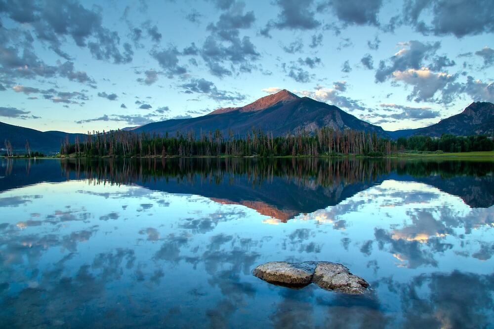 Lake Dillon at sunrise - Frisco, Summit County, Colorado by oakleydo