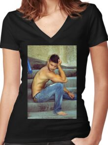 yam Women's Fitted V-Neck T-Shirt