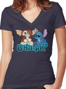 Gizmo and Stitch Women's Fitted V-Neck T-Shirt