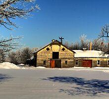 Ye Old Barn by Larry Trupp