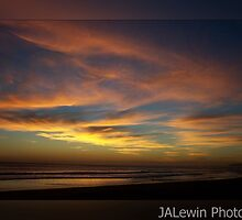 Pasteled skies by jalewin