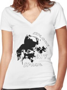 Explore my space Women's Fitted V-Neck T-Shirt