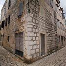 Starigrad by Aleksandar Topalovic