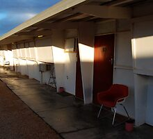 Retro Motel, Nullarbor Plain by outsider