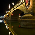 Christmas on the London bridge by Harv Churchill