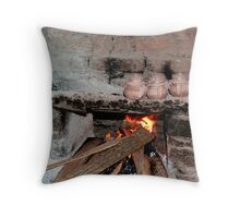 cooking mud pieces Throw Pillow