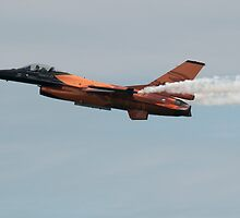 F-16 by bubblebat