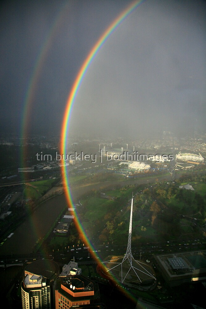phenomenal. over melbourne. by tim buckley | bodhiimages