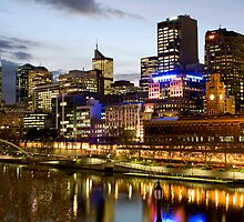 Melbourne Cityscape by jacquelinekvz