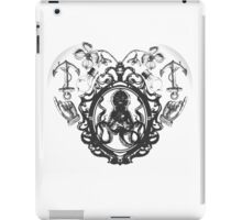Vintage Heart - Black iPad Case/Skin