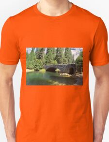 Yosemite National Park landscape photography. Beautiful  lush forest trees, green clear water river and stone bridge. T-Shirt