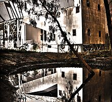 Reflected HDR - East Perth Powerstation. by Boxx