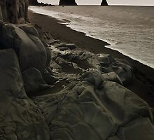 the legendary  trolls - Reynisdrangar by fanis logothetis