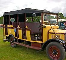 1928 Dennis Charabanc  RT 4539 by Trevor Kersley