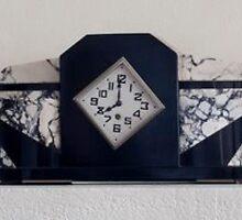 Art Deco Reloj by Vilma  Alfandary