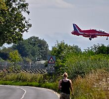 Red Arrow coming into land by Andicurrie