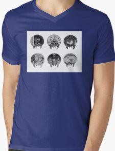 Metroid Shape Illustration Mens V-Neck T-Shirt