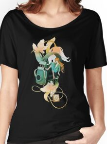 Thumbelina - Peach Women's Relaxed Fit T-Shirt
