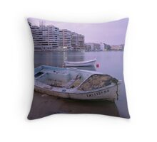 shipwreck beach Throw Pillow