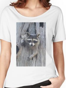 Raccoon Stuck in a Tree Women's Relaxed Fit T-Shirt
