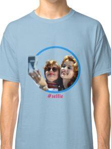 Thelma and Louise selfie - Susan Sarandon & Geena Davis Classic T-Shirt
