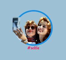 Thelma and Louise selfie - Susan Sarandon & Geena Davis Unisex T-Shirt