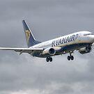 Ryanair Boeing 737 by Mark Kopczewski