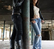 PhotoShoot in the old mill #008 by Andy Beattie