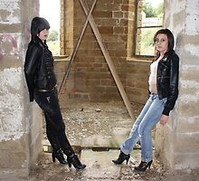 PhotoShoot in the old mill #022 by Andy Beattie