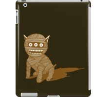 MUM DOG 2 iPad Case/Skin
