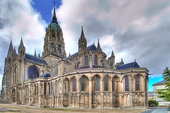 Notre-Dame de Bayeux  by paolo1955