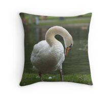 Garden Grassy Swan Throw Pillow