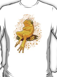 FROGGIE IN RELAX MODE T-Shirt