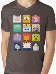 Adventurcons Mens V-Neck T-Shirt
