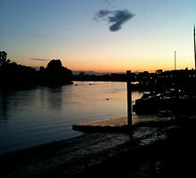 Non edited view of Thames by Kathy Dellow