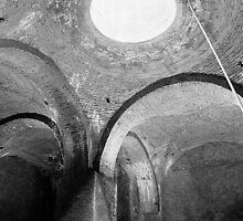 Big cistern (Cáceres, old City) by Rafael López