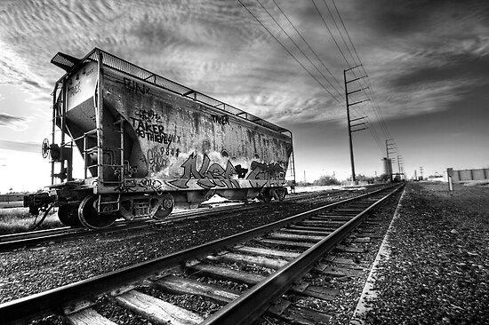 Urban Expression by Sue  Cullumber