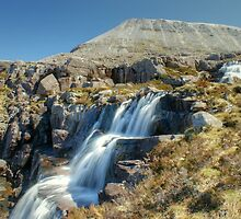 Ruadh-stac Mor by Jamie  Green