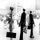 Statues - Melbourne by pennyswork