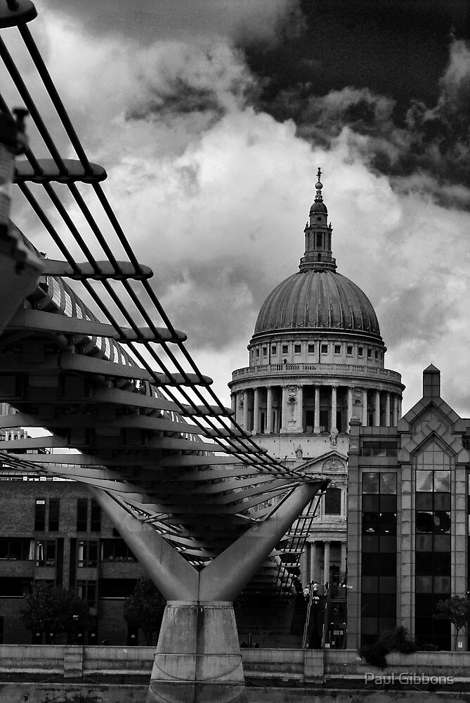 Bridge to St Pauls by spottydog06