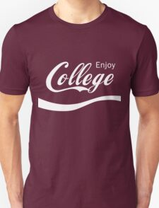 Enjoy College Life Funny LOL Design T-Shirt