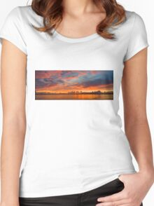 panoramic sunset in the Guadiana river Women's Fitted Scoop T-Shirt