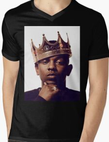 "Kendrick Lamar - ""The king"" Mens V-Neck T-Shirt"