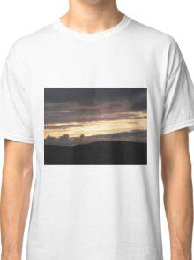 Honey sunset - Donegal Ireland Classic T-Shirt