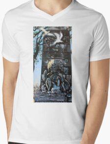 'MONUMENT TO SAMUEL DE CHAMPLAIN, PLATTSBURGH, NY'  Mens V-Neck T-Shirt