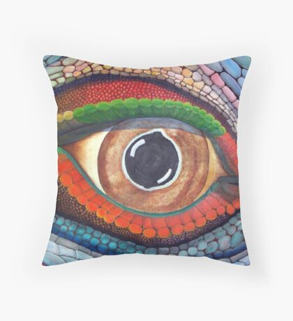 Lizard's Eye Throw Pillow
