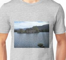Loch an Eilein Castle Ruin Unisex T-Shirt