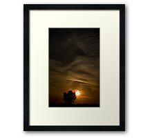 Kiss goodnight Framed Print