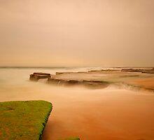 Rocks At Turrimetta by donnnnnny