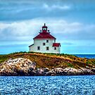 Queensport Lighthouse by kenmo